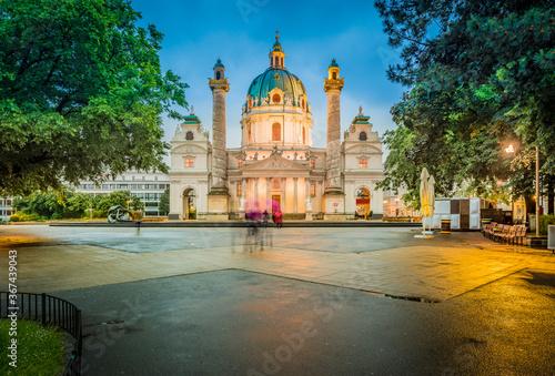Obraz Saint Charles Church in Vienna, Austria. - fototapety do salonu