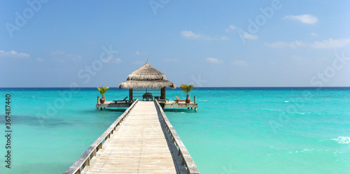 Cuadros en Lienzo Maledives, tropical Island for a nice holiday or honeymoon