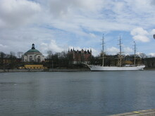 Af Chapman Sailing Ship And Admiralty House.