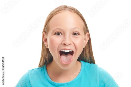 Fototapeta emotional eight year old girl obraz