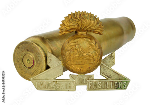 Photo World War 1 Lancashire Fusiliers cap badge, the Lancashire Fusiliers was a Briti