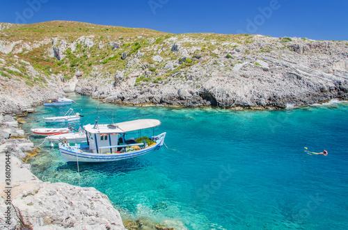 Obraz na plátne Picturesque Porto Roxa rocky beach