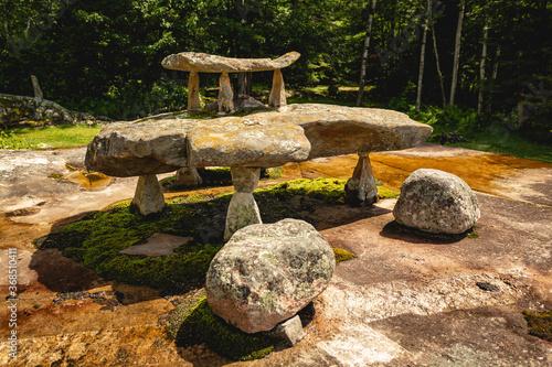 Canvas-taulu Stone sculptures in the Ellsworth Rock Gardens in Voyageurs National Park, Minne