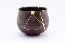 Antique Kintsugi, Tea Pottery Set Chawan Bowl Restored With Gold.