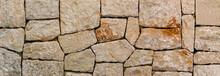 Traditionelle Steinmauer Mit H...