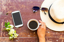 Mobile Phone ,hot Coffee ,sung...
