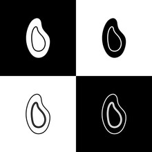 Set Mussel Icon Isolated On Bl...