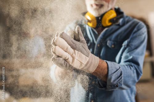Obraz Carpenter cleaning work gloves - fototapety do salonu