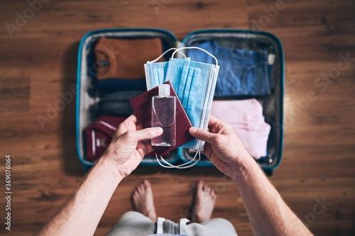 Obraz Preparing for travel in new normal - fototapety do salonu