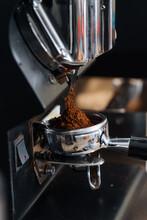 Coffee Grinder Milling Black Coffee
