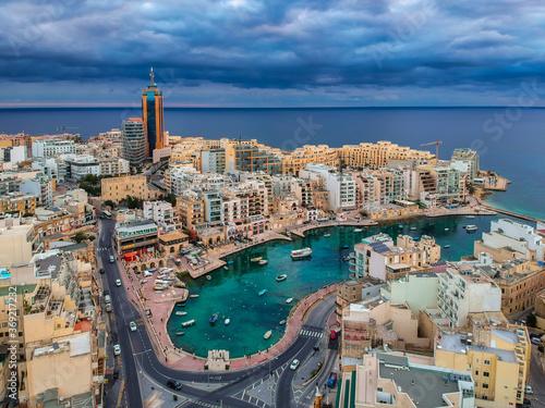 Obraz Scenery of the Spinola Bay in St. Julian's, Malta - fototapety do salonu