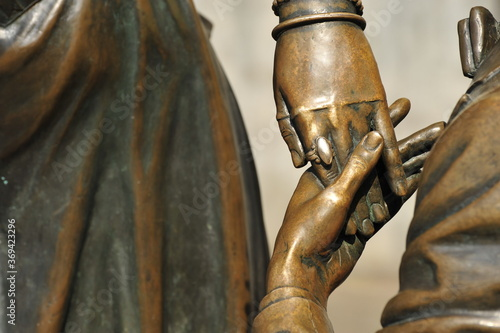Fotografie, Tablou Bronze statues, male and female, stylized in the 19th century,