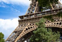 Eiffel Tower Close Up Construc...