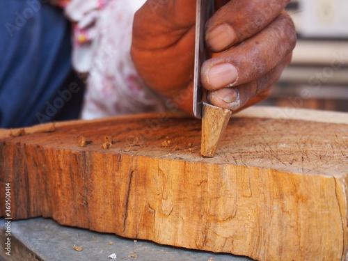 An artisan making tools for use in the block printing method, Jaipur, Rajasthan, Slika na platnu