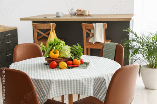 Fotomural Dining table in interior of modern kitchen