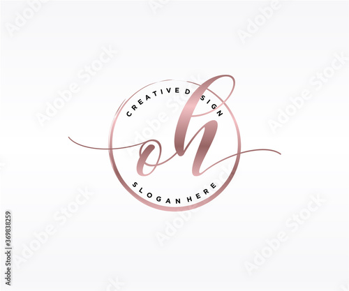 Valokuvatapetti Initial OH handwriting logo with circle template vector