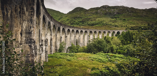 Glenfinnan Viaduct used for the famous train scenes in harry potter