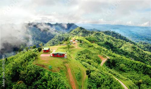 Cuadros en Lienzo Stock Photo - Nilgiri Queen of hills , Beautiful hills Landscape