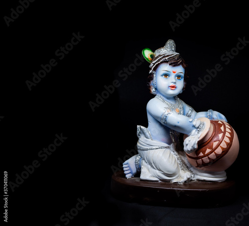 Fotografía Cute and innocent idol of Hindu God Lord Krishna