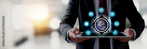 Obraz na plátně Technological and business network service concept, close up businessman holding