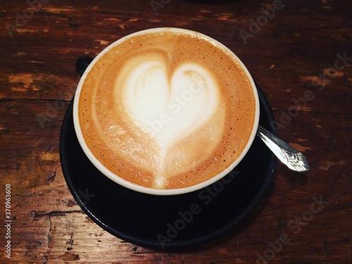 Fototapeta Heart Latte
