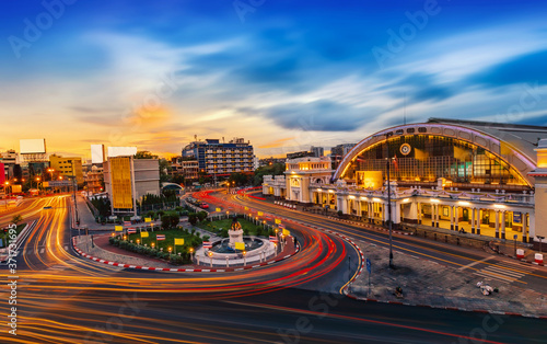 Fototapeta Bangkok Railway Station or Hua Lamphong, Ancient architecture and famous classic