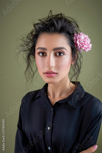 Valokuvatapetti Gentle beauty portrait of beautiful young female