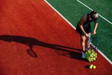 Young Girl Managing Tennis Bal...