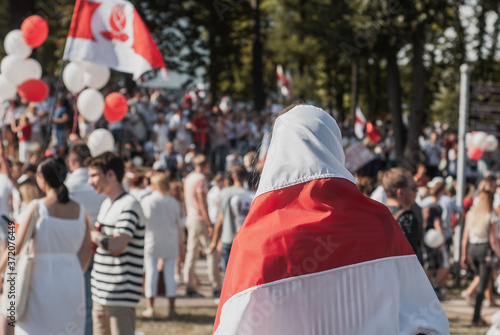 Obraz na plátně BELARUS, MINSK, 16 AUGUST 2020 People in the red and white flag, rally in Belaru