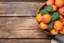Delicious Fresh Ripe Apricots ...