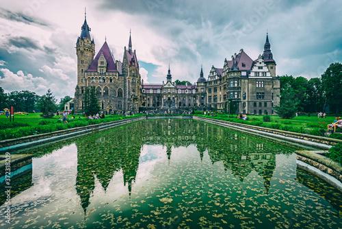 Zamek w Mosznej.