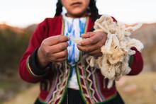 Peruvian Weavers In Traditiona...