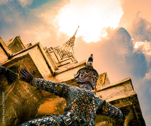 Photo art of Wat Phra Si Ratanasadaram Wallpaper Mural