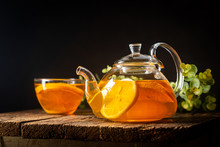 Glass Teapot With Hot Citrus T...