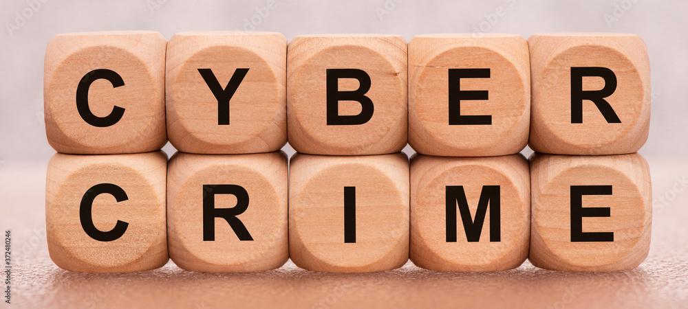 Fototapeta cyber crime gedruckt auf Holzwürfel