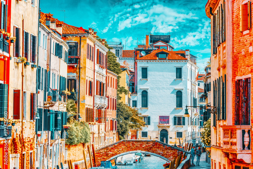 Vászonkép VENICE, ITALY - MAY 12, 2017 : Views of the most beautiful channels of Venice, narrow streets, houses