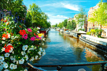 Canal In Amsterdam With Boats ...