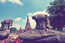 Ancient Headless Buddha Images...