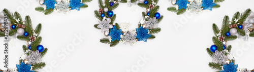 Cuadros en Lienzo christmas wreath on a white background, flatley, copyspace ,banner, footer, head