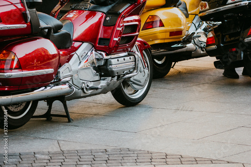 Obraz na plátně travel motorcycle parking Lux tourer transport adventure comfortable vintage  de
