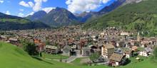 Bormio In Valtellina In Italia...