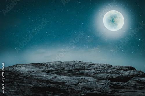 Canvastavla night sky with moon