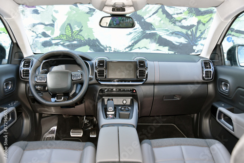 Obraz Dashboard of a modern SUV. Interior of a modern suv. - fototapety do salonu