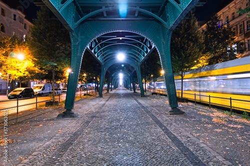 Berlin bei Nacht Fototapete