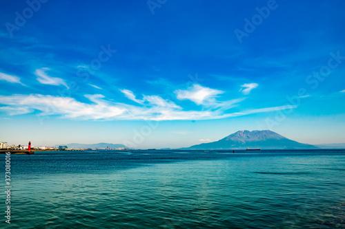 桜島と海と空と雲の美しい夏の風景 Slika na platnu