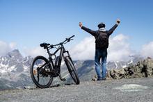 E Bike Mountain Bicycle In Aus...