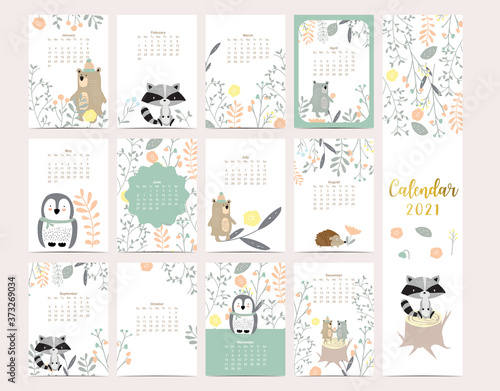 Fotomural Cute woodland calendar 2021 with bear, skunk, penguin, leaves for children, kid,
