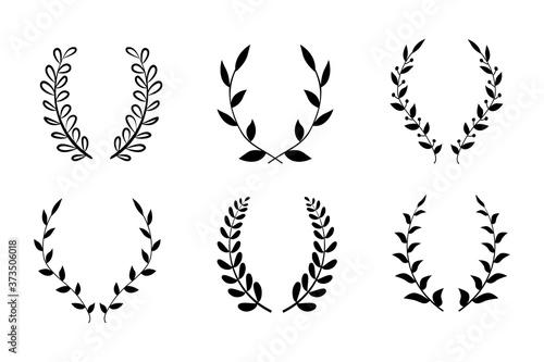Set black silhouette circular laurel foliate, wheat and oak wreaths depicting an award, achievement, heraldry, nobility on white background Billede på lærred