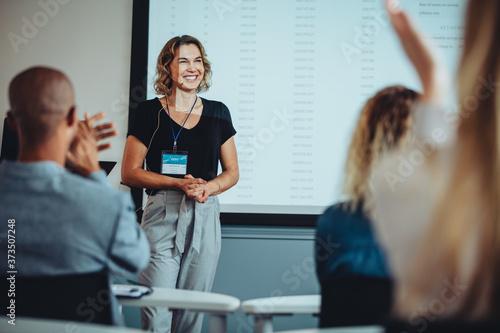 Fototapeta Presenter getting applause after a great presentation obraz