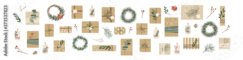 Obraz na plátně Set of different christmas presents in kraft paper with twine ribbon and wreaths